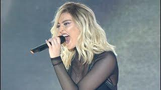 Video Famous Singers Kill SEXIEST Vocal Cracks / Octave Jump (Live) MP3, 3GP, MP4, WEBM, AVI, FLV Januari 2018