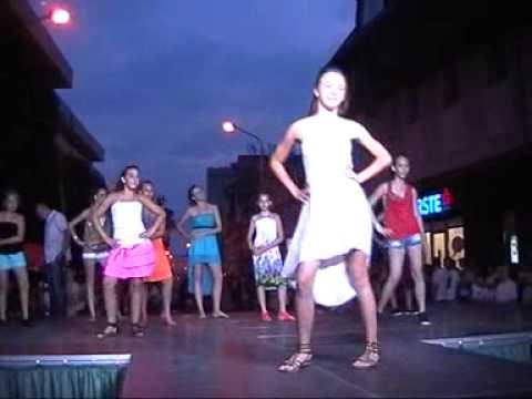 Tigrisek, Acro Dance S.E., divatbemutató Tapolcán (2013-07-19)