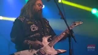 """Em show histórico em SP, os irmãos Max e Iggor Cavalera tocam o disco mais famoso de sua antiga banda, que comemora 20 anos. """"Roots"""", do Sepultura, foi tocado na íntegra. Confira imagens do show."""
