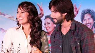 Shahid Kapoor&Sonakshi Sinha promoting 'R...Rajkumar' at a mall in Mumbai