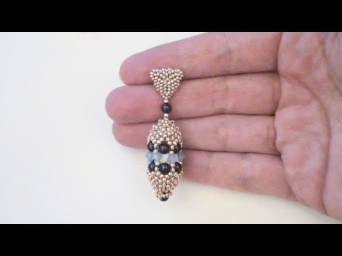 Beaded earrings tutorial: peyote stitch earrings made with seed beads, pearls and bicones