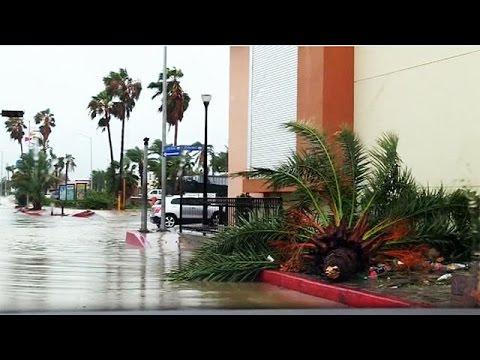 Τις ακτές του Μεξικού έπληξε ο τυφώνας Newton