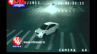 Video Alien Saved Rickshawala - Miracle in China - Teenmaar News MP3, 3GP, MP4, WEBM, AVI, FLV Juni 2018