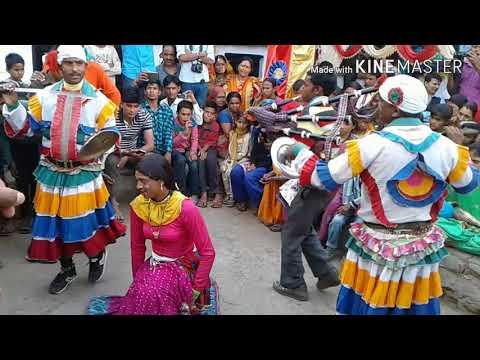 Video कुमाऊनी छलिया डांस एक शादी में Uttarakhand Choliya Dance Video 2018 download in MP3, 3GP, MP4, WEBM, AVI, FLV January 2017