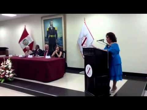 elvira castro - Elvira Castro de Quiroz en magistral actuación recitando el poema que compuso para Mario Vargas Llosa....