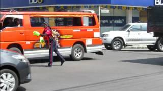 Bacolod (Negros Occidenta Philippines  city photos gallery : Amazing Traffic Director in Bacolod City, Negros Occidental, Philippines