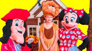 Assistant Goes on a Spooky Halloween Trick or Treat with Minnie Mouse