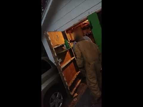 Guy caught in neighbors garage gets pistol whipped!