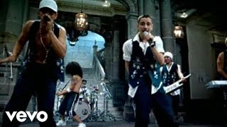 Music video by A.B. Quintanilla III Y Los Kumbia All Starz performing Chiquilla.
