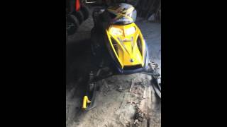2. 2005 Ski Doo Summit 800 HO Review