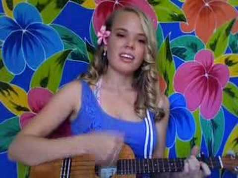 Umbrella – Rihanna ukulele cover by Audrey Phoenix
