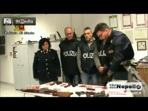 Giugliano. Arsenale della camorra scoperto dalla polizia in Via O...