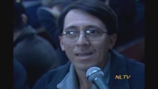 """Xin chào quý vị và các bạn khắp nơi;NewLand TV là Chương trình Truyền Hình tiếng Việt, phát hình hằng tuần từ Thứ Hai đến Thứ Sáu vào lúc 6:30PM trên hệ thống Comcast Channel 30 tại Miền Bắc California.Chương trình nầy do Ký giả HẠNH DƯƠNG điều hành tổng quát và Chủ bút. Đạo diễn TÀI VĂN KIÊN làm Giám đốc hình ảnh, điều hành các phóng viên truyền hình; cắt ráp kỹ thuật và sản xuất chương trình.Các Phóng viên, Biên tập viên, Xướng ngôn viên gồm NGHÊ LỮ, TẤN PHƯƠNG,  Người mẫu Thời trang kiêm Kỹ sư phần mềm THÙY TRANG và Hạnh Dương.NewLand TV hoạt động từ cuối tháng 9/2007; tổ chức dạ tiệc giới thiệu với giới Truyền thông, Báo chí San Jose và bắc California vào tôi Thứ Sáu 30/11/2007 tại Nhà hang Nhà Tôi ở thành phố San Jose, bắc California. Sau đó thực sự ra mắt công chúng từ ngày 03/12/2007.  Các chương trình phát hình mỗi buổi chiều của NewLand TV đã thu hút hầu như mọi giới trong cộng đồng Mỹ gốc Việt tại San Jose và vùng bắc California.Nhân vụ cư dân Mỹ gốc Việt tại San Jose và vùng Bắc California xuống đường tranh đấu đòi đặt tên LITTLE SAIGON cho Khu phố Việt trên đoạn đường Story Road, San Jose, CA 95122 đã bị Nghị viên Madison Nguyễn và Thị trưởng Chuck Reed nhất quyết dùng mọi âm mưu xảo quyệt chống lại vì Madison Nguyễn tuyên bố với Báo Mercury News ở San Jose rằng """"không thích tên Little Saigon vì tên đó mang ý nghĩa chống cộng"""". Vụ nầy đưa đến cuộc biểu tình vào mỗi ngày Thứ Ba đen trước Tòa Thị chính San Jose, rồi cuộc tuyệt thực của chiến sĩ Không quân Lý Tống và cuộc biểu tình trên 10.000 người khiến Thị trưởng Chuck Reed đầu hàng đành ra Quyết định đặt tên Little Saigon cho Khu phố Việt San Jose.Dịp nầy, NewLand TV đã cho đúc kết một số tin tức hằng ngày đã phát trên Truyền Hình NewLand TV để thực hiện 5 cuốn DVD và đã phát hành trên 10.000 bộ.Nay chúng tôi cho cắt ra từng đoạn ngắn và phổ biến lên Youtube để đọc giả, khán thính giả của NewLand TV, VietPress USA, VietPress Radio có thể tiện theo dõi và download làm tài liệu.DVD 1 sẽ đánh số """"Disque 1 """