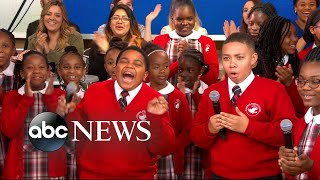 Download Lagu Middle school choir whose 'Rise Up' performance went viral gets surprise from Andra Day Mp3