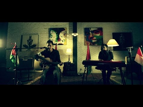 Fight for Gaza: Zombie - The Cranberries [Bondan Prakoso & Kikan Acoustic Cover] (видео)