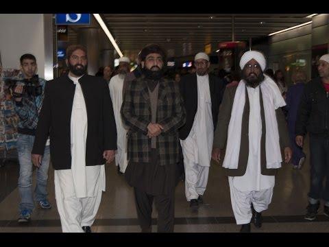 golra shareef - Departure of Pir Sahiban of Golra Sharif from Heathrow Airport 30-03-2014 Pir Syed Ghulam Nizaamuddin Jami Gillani Qadri Shah Sahib, Pir Syed Jalaluddin Gila...