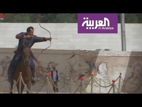 العرب اليوم - شاهد:الرماية بالقوس رياضة تجذب الأردنيين