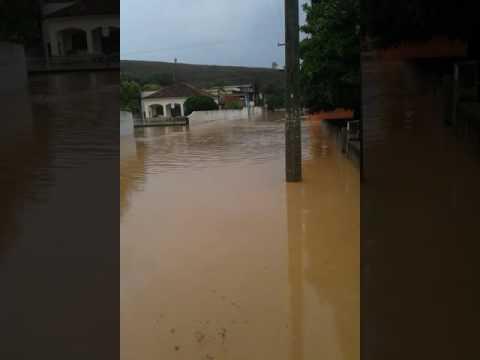 Enchente em Conselheiro Pena