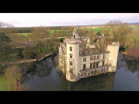 Schloss La Mothe-Chandeniers in Westfrankreich: 1  ...