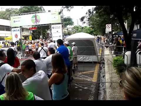 Aquecimento e largada da 7ª Corrida da Mulher - Maringá Park