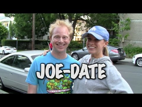 date - A date on the street with Nicole. SUBSCRIBE: http://bit.ly/S9N4TS NETWORK NOTES ON BEER: http://www.youtube.com/watch?v=llDcDMLTDWc Stalk Joe on Twitter: htt...