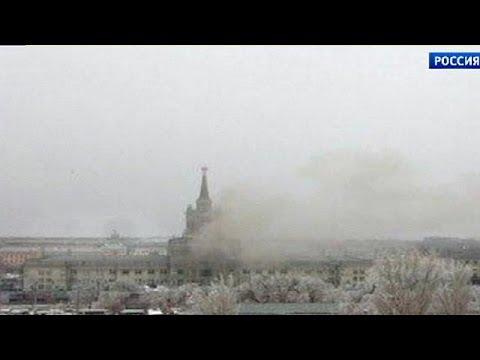 Une bombe de forte puissance a explosée dans l'enceinte de la gare de train de Volgograd, tuant,…
