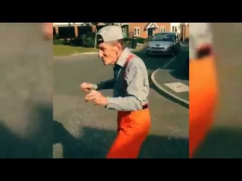 FUNNY Old Man Dancing.