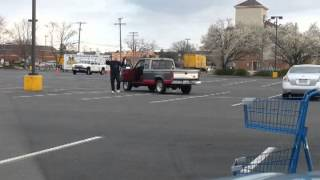 Kung Fu Grandpa In The Parking Lot!