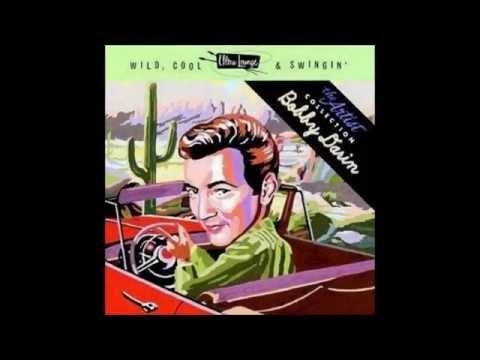 Tekst piosenki Bobby Darin - Sunday in New York po polsku