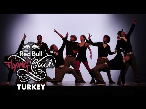 When breakdance meets classical music – Red Bull Flying Bach rocks Turkey