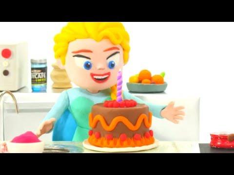 FROZEN ELSA IS COOKING  Frozen Elsa Play Doh Cartoons  Dibujos Animados de Play Doh de Frozen