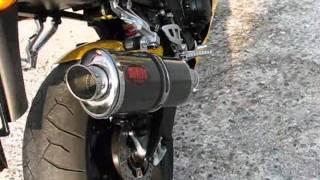 8. Triumph Daytona 600 ( 03-04) walk around and MASS EXHAUST sound
