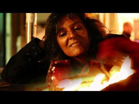 'Interroge le feu' : Poème de Nicole Coppey