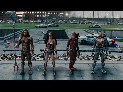 Justice League ComicCon Trailer