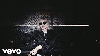 "Official video for ""Long Time"" from the upcoming album ""Pollinator"" out 5/5/17Pre-order: https://blondie.lnk.to/PollinatorIDFollow Blondiehttps://www.facebook.com/Blondiehttps://www.instagram.com/blondieofficial/https://twitter.com/BlondieOfficialDirector - Dikayl RimmaschExecutive Producer - Trevor PottsProducer - Stephen HoltzhauserProducer - Julian PinderProduction Manager - Leyden PavlovaStills / Dramateur - Pola EstherCamera PA - Alexa BurnsGaffer - Adam KlimaszewskiKey Grip - Sam KretschmerBest Boy Grip - Tim SpellmanDriver / Swing - Chris ReyesTeamster - Dermot TreanorArt Director - Bryan NorvelleArt PA - Cortney FosterMakeup Artist (Debbie Harry) - Guy ForrowHair & Makeup Artist (Band) - Brandy McDonaldSet PA - Victoria KanarisTruck PA - Dennis FriasTruck PA - Gene PattersonEditor - Dikayl RimmaschEditor - Alexander HammerEditor - Carlos Font ClosAssistant Editor - Drew HorenAssistant Editor - Benjamin LomeliSpecial Thanks - As Ever for wardrobe / asevernyc.comhttp://vevo.ly/Yi73fI"