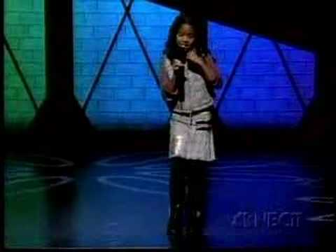 H.E.R. (Gabi Wilson) - Showtime at the Apollo