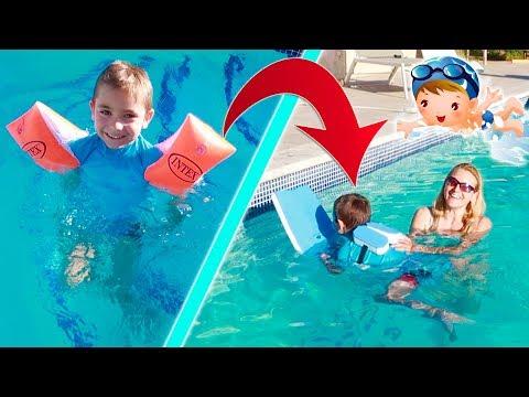 SWAN APPREND À NAGER SANS BRASSARD ! Swan's swimming lessons
