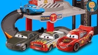 Lightning McQueen Cars 3 Garage with Gerti Toys