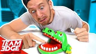 Video Crocodile Finger CHOMPER Game!! MP3, 3GP, MP4, WEBM, AVI, FLV Oktober 2018