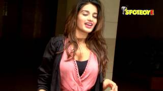 Nidhhi Agerwal in her Chic style at Bandra.LIKE and SHARE this video with your friends if you like it :)SUBSCRIBE To SpotboyE : Click Here ►https://goo.gl/Nf7gKiCheck out our cool website for a lot more updates: http://www.spotboye.comFollow us on Twitter at https://twitter.com/SpotboyeLike us on Facebook at https://www.facebook.com/Spotboye