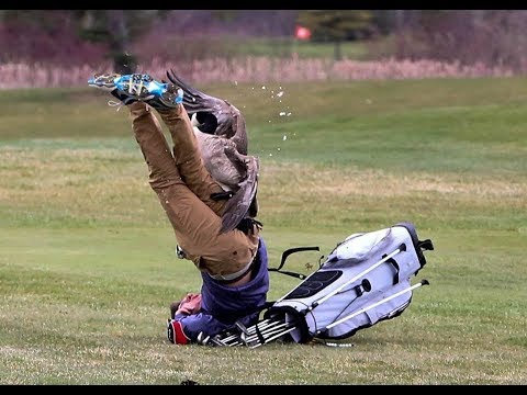 Golfer Attacked by Goose!!!