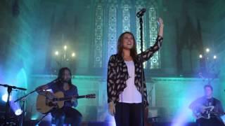 Hillsong Live Chapel - Forever Reign (reinas Por La Eternidad)