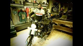 5. Royal Enfield classic 500 stealth black with ABS first look