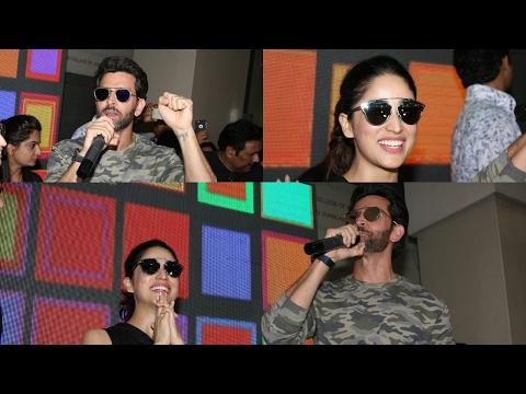 Hrithik Roshan & Yami Gautam Attend Mithibai College Festival