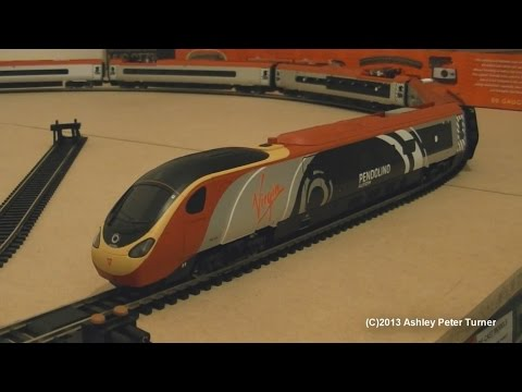 Hornby R1155 Class 390 Virgin Trains Alstom Pendolino 390004 Train Set (OO Gauge) Review HD