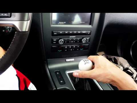 How to Drive a Stick Shift Manual Transmission Car - Expert Driver Reveals Technique