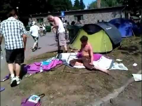 Troppo ubriachi per montare la tenda
