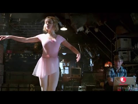 Flowers in the Attic (2014) Hollywood Movie Explained In Hindi