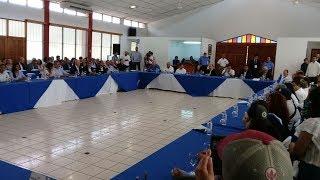 Estudiante leyó en el inicio del diálogo en Nicaragua poema de Rosario Murillo