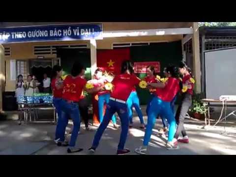 Múa tôi yêu Tổ Quốc Việt Nam